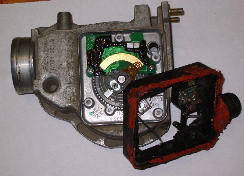 Расходомер воздуха BMW M40 1,6 с установленной платой